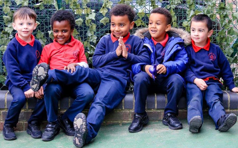group-st-john-evangelist-catholic-school-1280